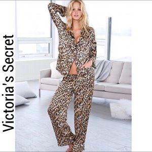 Victoria's Secret Leopard Printed Pajamas Set SZ M